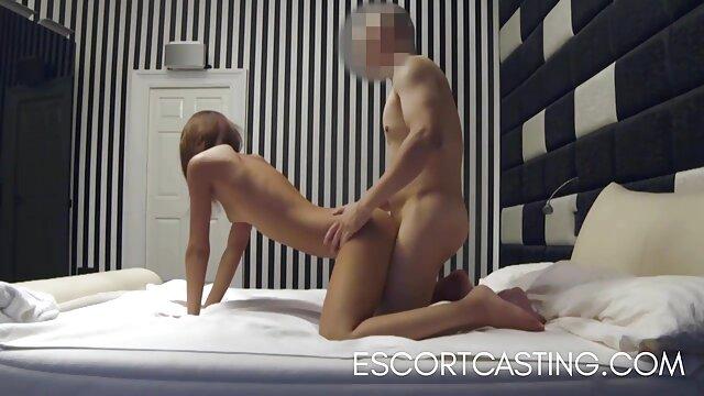 این دختر شایسته اسپرم زیادی در صورت خود است. دانلود رایگان سکس پورن