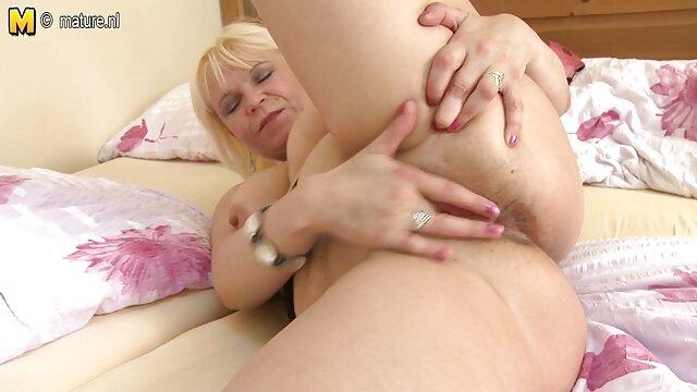 زن خودش را تسلیم الاغ سکس بانی راتن می کند