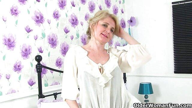 نینجا یک دختر را فیلم سکسی پورن هاب روی الاغ پیچ می کند