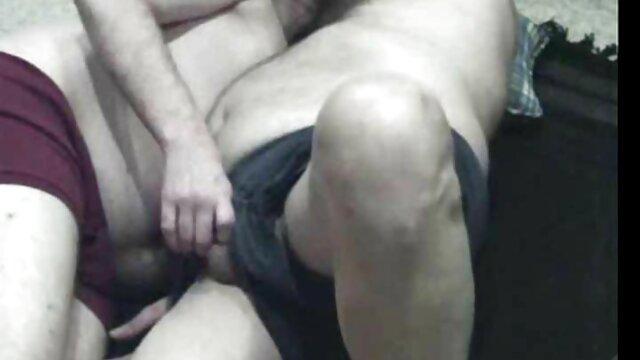 فیزروک یک دانش سکس پورن استار آموز مو قرمز را مورد تجاوز قرار داد