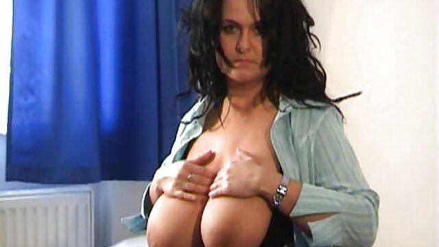 پستان بزرگ, زیبا