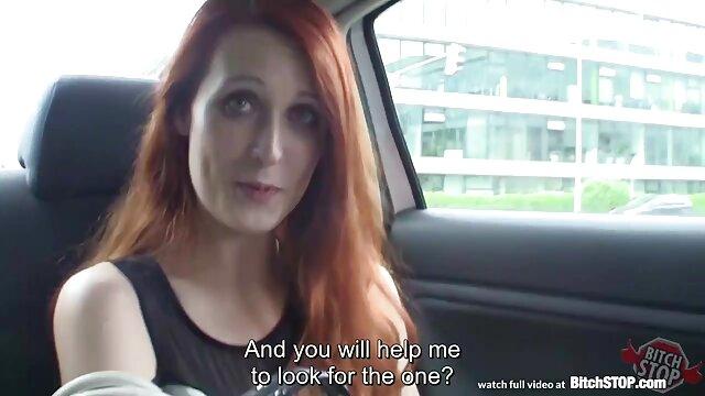 مردی در فیلم پورن پسر اتومبیل خود دختری را روی خروس خود می کشد
